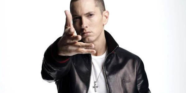 Eminem, Justin Bieber Dominate Billboard Music Awards