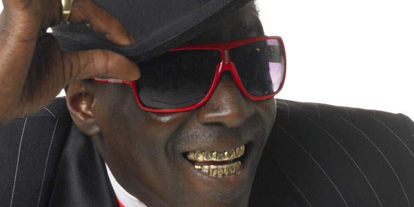 Flavor Flav to Tell All in New Memoir, Iconic
