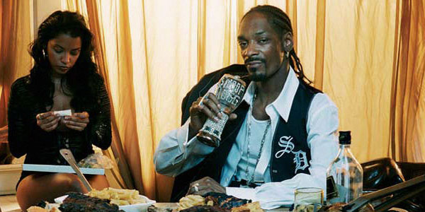Snoop Dogg Releases a Smokable Songbook Printed on Rolling Papers